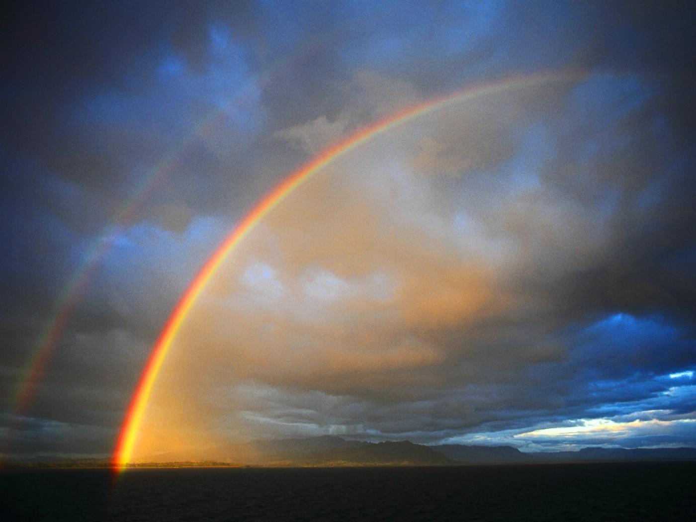 雨后彩虹壁纸图片壁纸壁纸 大自然纯朴之美壁纸图片风景壁纸风景图片