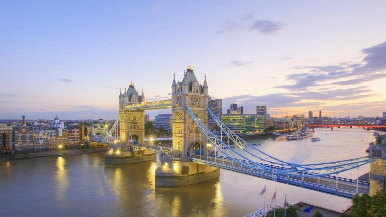 英国 伦敦塔桥图片