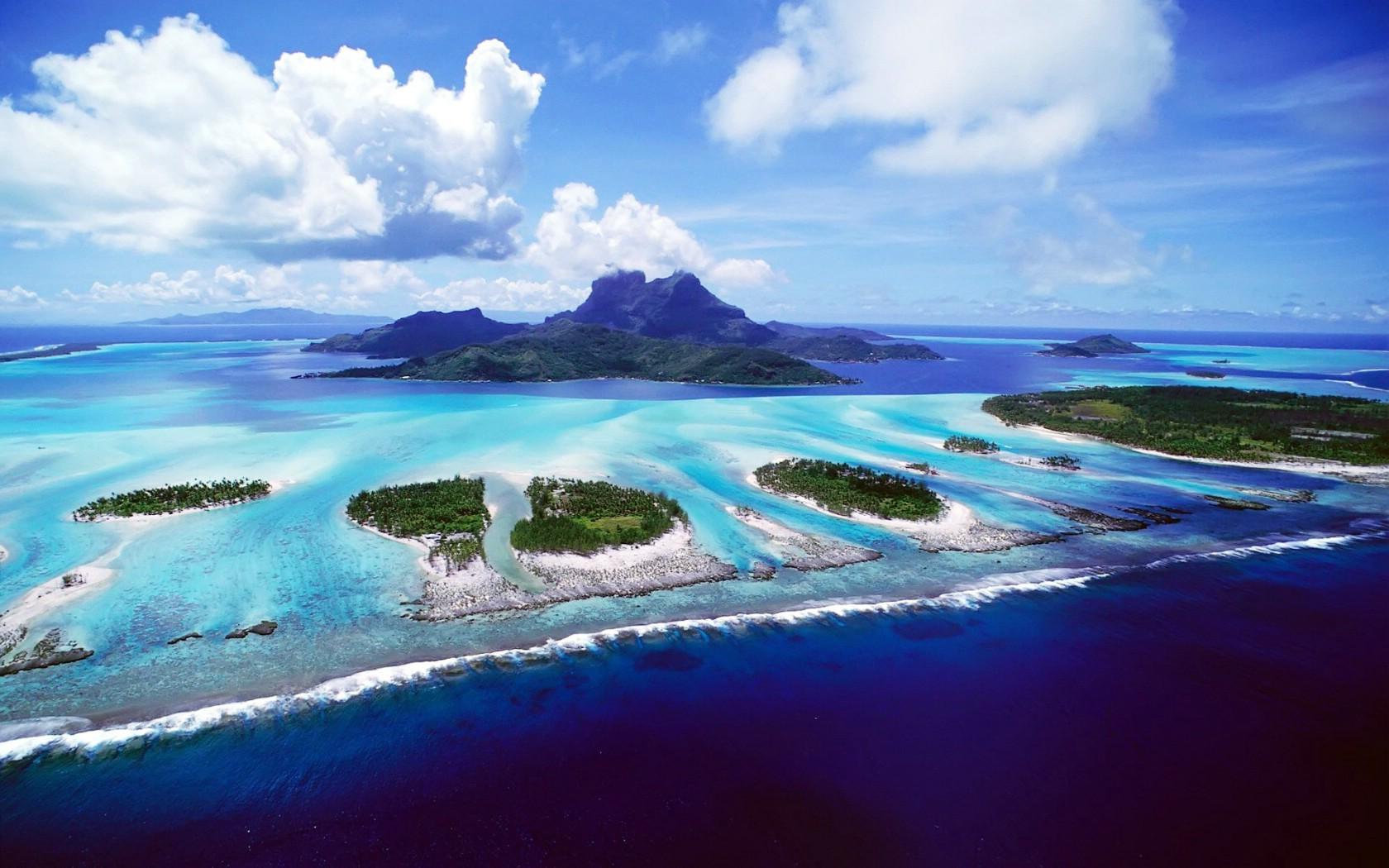 壁纸1680×1050蓝色海岛