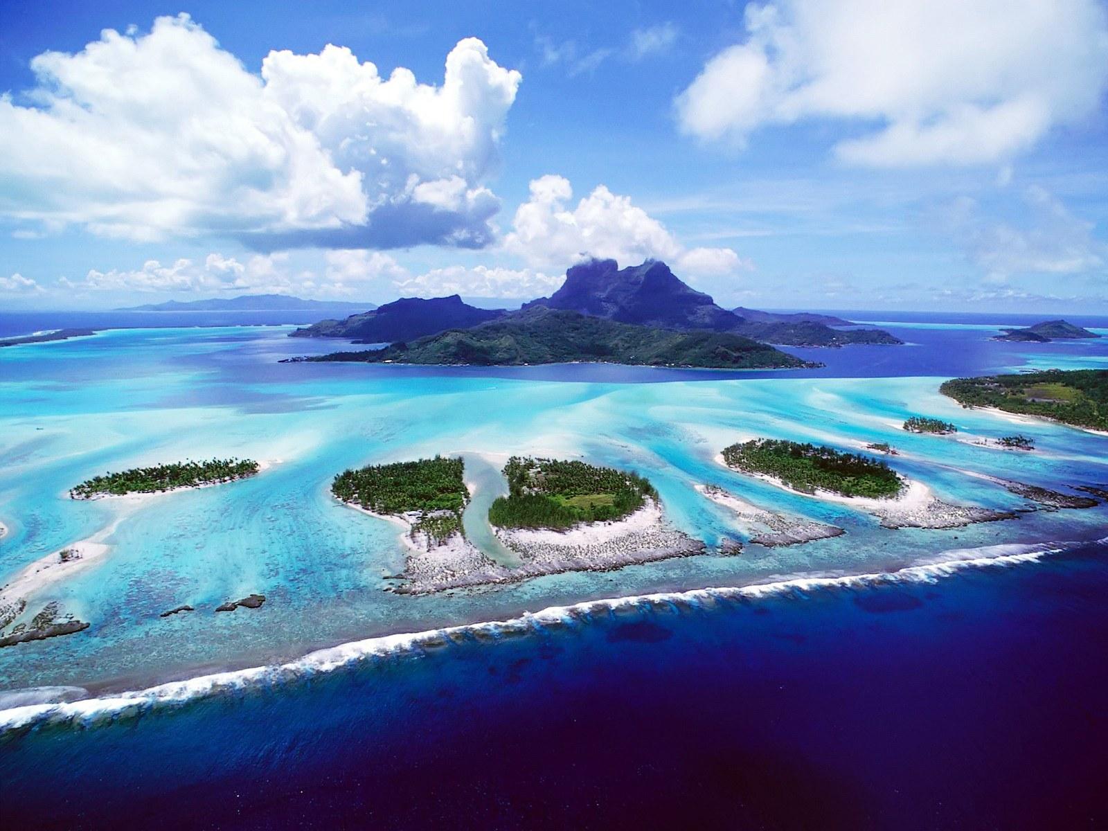 头像 苏必利尔湖 空间 壁纸/蓝色海岛 高清风景壁纸 1920 1200