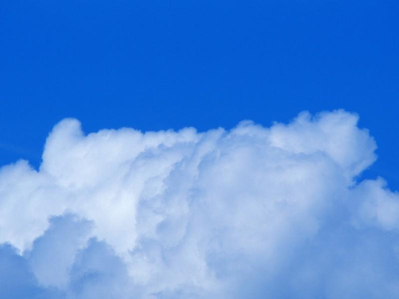 壁纸800×600棉花般的白云 蓝天白云图片壁纸 蔚蓝天空蓝天白云壁纸壁纸图片风景壁纸风景图片素材桌面壁纸