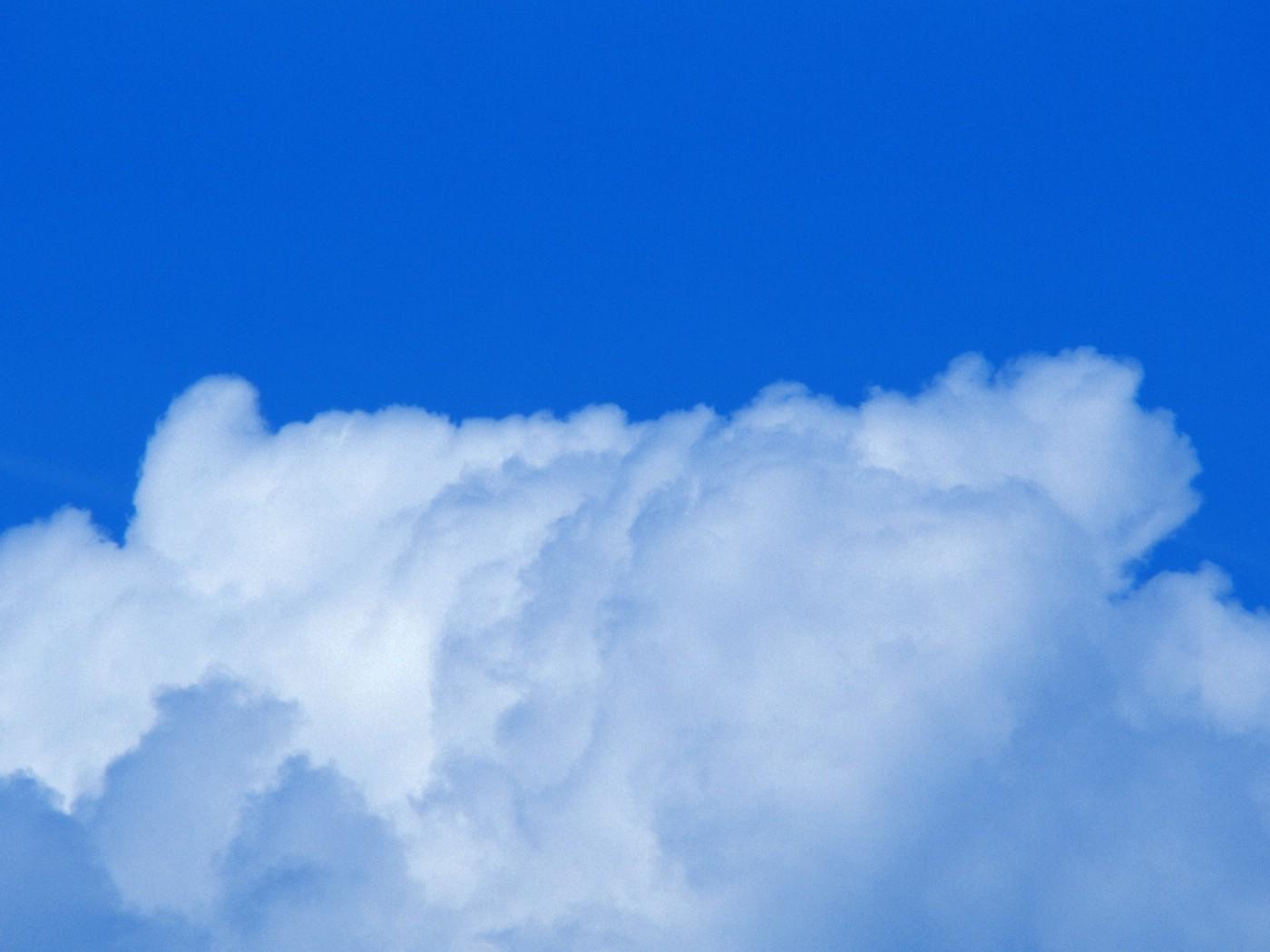 壁纸1400×1050棉花般的白云 蓝天白云图片壁纸 蔚蓝天空蓝天白云壁纸壁纸图片风景壁纸风景图片素材桌面壁纸