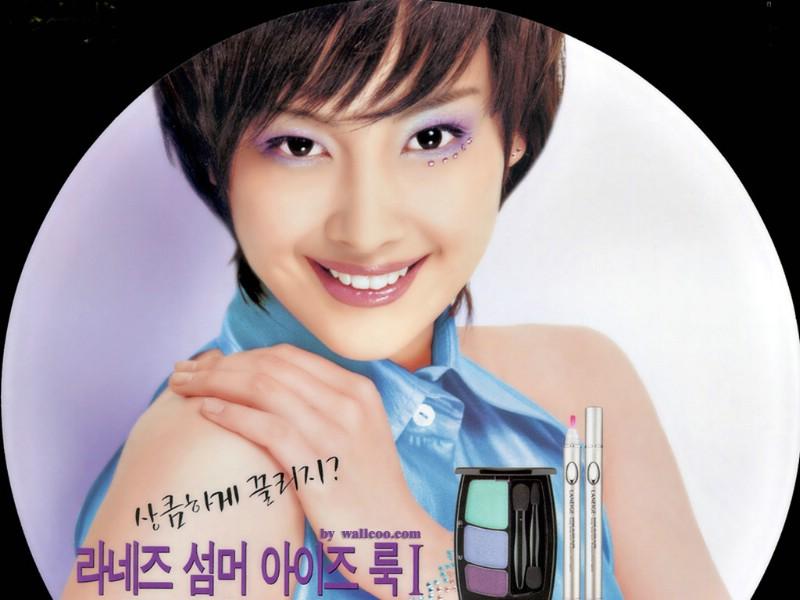 素颜美女大头 .壁纸800×600韩国美女大头贴