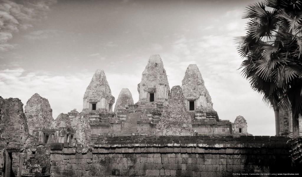 壁纸1024×600纯粹的光影美学 人文建筑黑白摄影壁纸 Pre Rup Temple Cambodia 柬埔寨吴哥窟的变身塔桌面壁纸壁纸 纯粹的光影美学人文建筑黑白摄影壁纸壁纸图片人文壁纸人文图片素材桌面壁纸