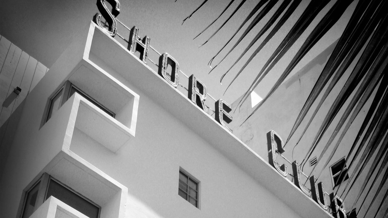 壁纸1600×900纯粹的光影美学 人文建筑黑白摄影壁纸 Shore Club Miami 迈阿密海岸俱乐部桌面壁纸壁纸 纯粹的光影美学人文建筑黑白摄影壁纸壁纸图片人文壁纸人文图片素材桌面壁纸