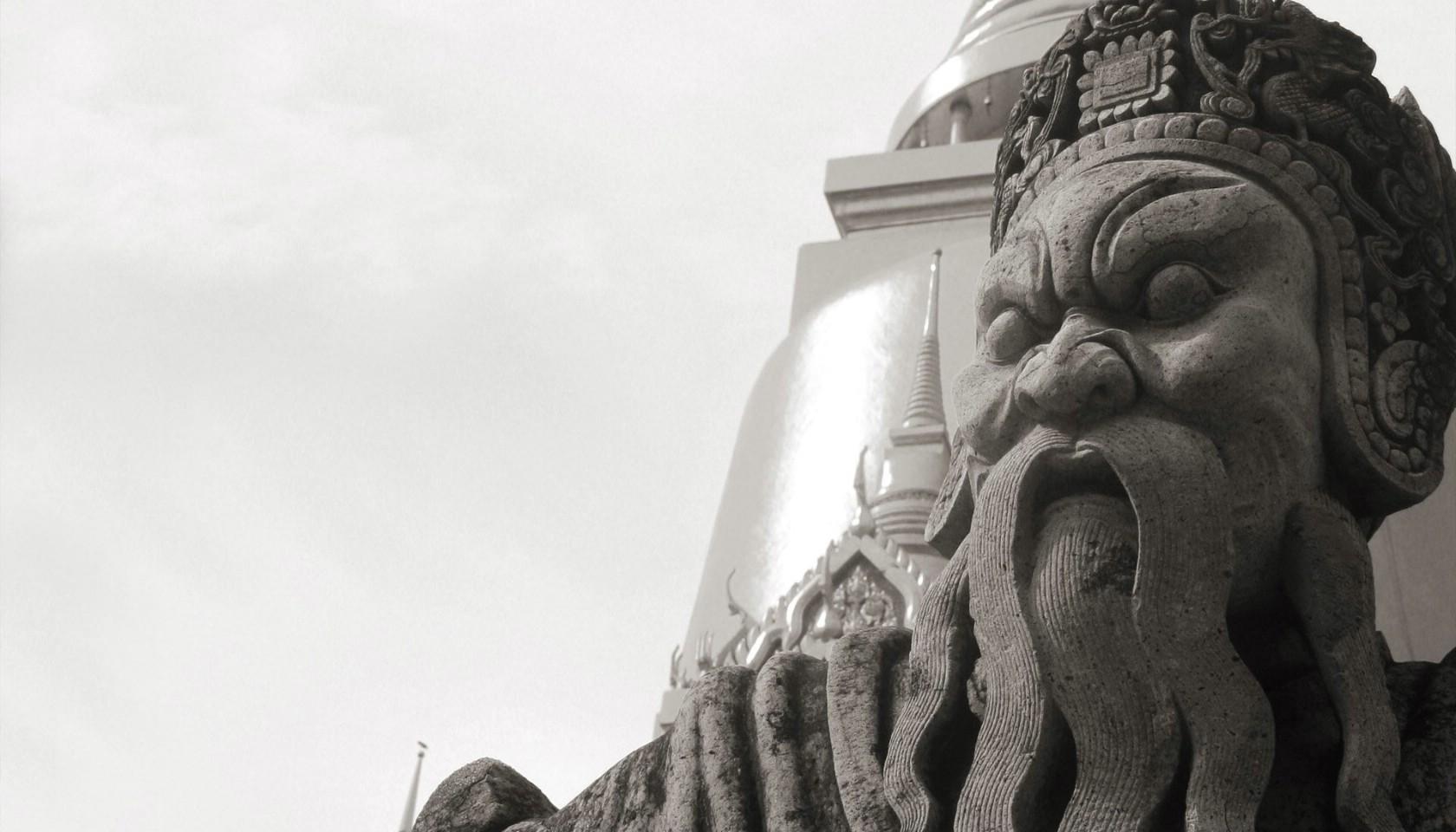 壁纸1680×960纯粹的光影美学 人文建筑黑白摄影壁纸 Wat Phra Kaew Bangkok 曼谷玉佛寺桌面壁纸壁纸 纯粹的光影美学人文建筑黑白摄影壁纸壁纸图片人文壁纸人文图片素材桌面壁纸