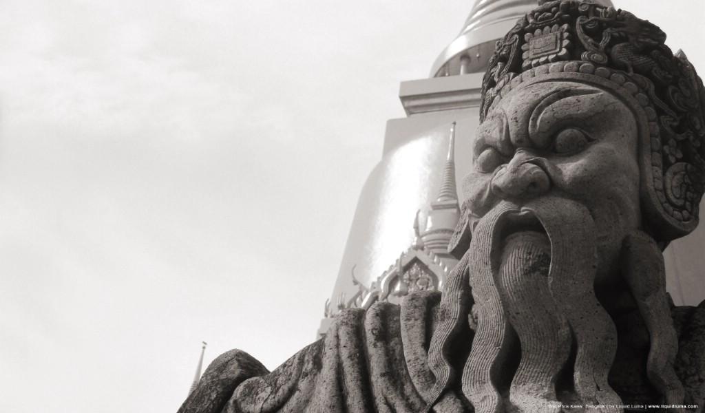 壁纸1024×600纯粹的光影美学 人文建筑黑白摄影壁纸 Wat Phra Kaew Bangkok 曼谷玉佛寺桌面壁纸壁纸 纯粹的光影美学人文建筑黑白摄影壁纸壁纸图片人文壁纸人文图片素材桌面壁纸