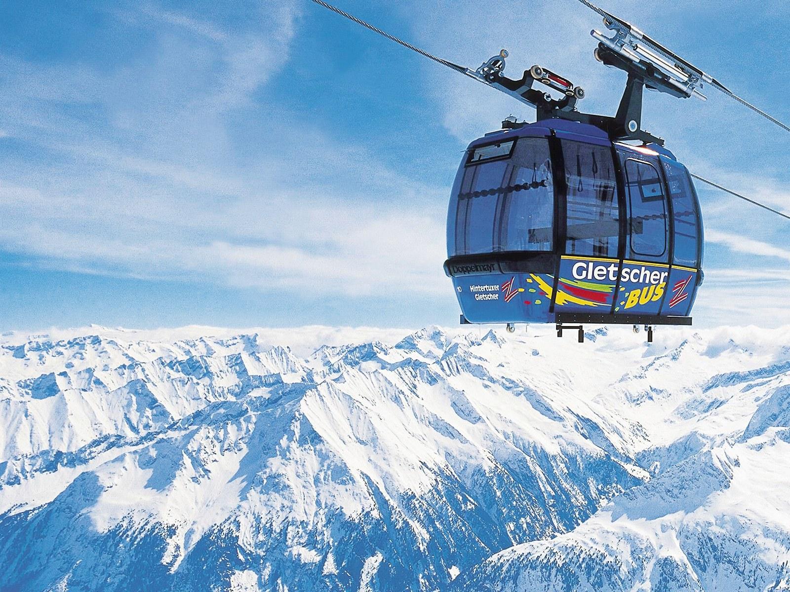 壁纸1600×1200滑雪圣地 阿尔卑斯山度假壁纸 高山缆车图片壁纸壁纸 滑雪圣地阿尔卑斯山度假壁纸壁纸图片人文壁纸人文图片素材桌面壁纸