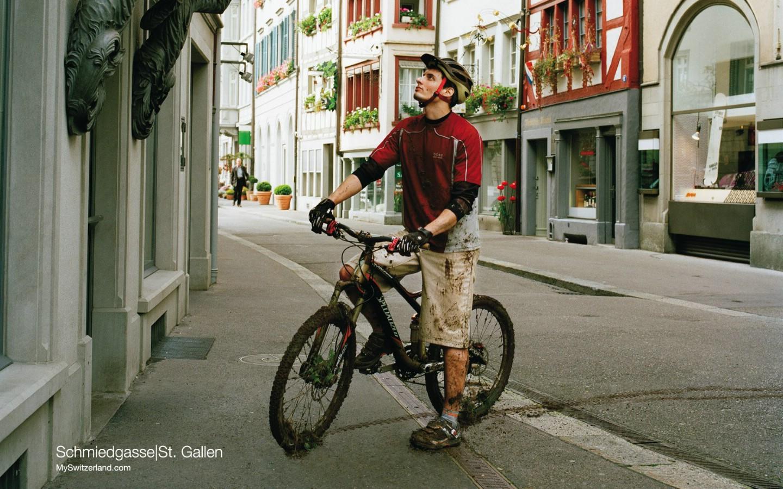 壁纸 宁静/世界公园瑞士夏季旅游名胜Schmiedgasse St Gallen 最具传统的...