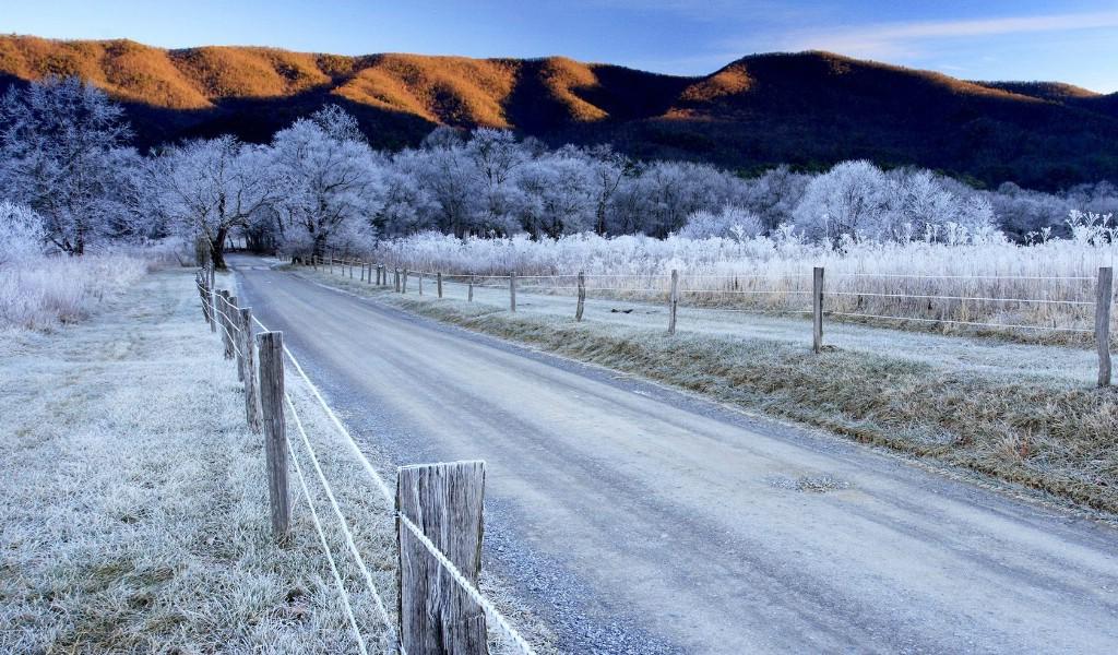 壁纸1024×600田纳西州 大烟山国家公园冬季壁纸壁纸 文化之旅地理人文景观一壁纸图片人文壁纸人文图片素材桌面壁纸