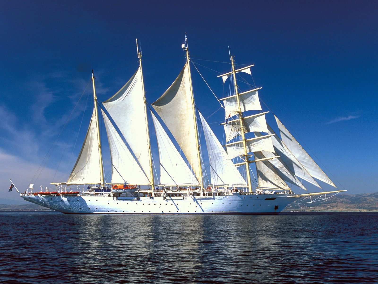 壁纸1600×1200土耳其 爱琴海上的游船壁纸壁纸 文化之旅地理人文景观一壁纸图片人文壁纸人文图片素材桌面壁纸