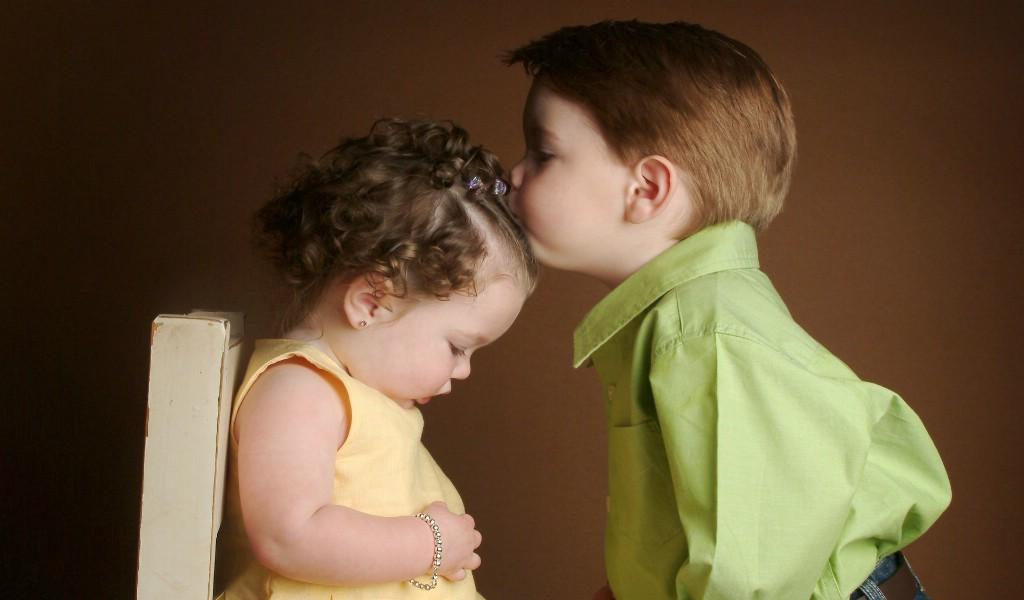 儿童摄影 可爱小兄妹图片壁纸