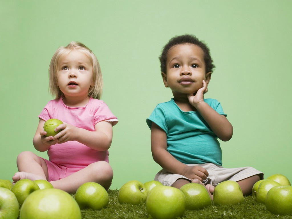 《外国可爱萌宝宝桌面》::可爱双胞胎宝宝桌面::外国