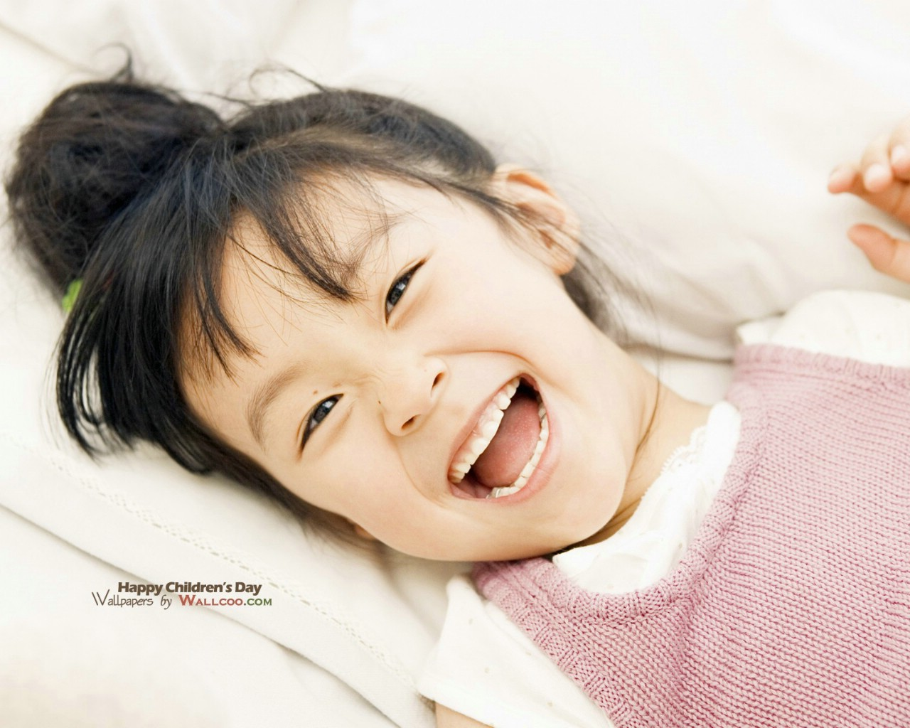 可爱儿童摄影壁纸 可爱小女孩图片
